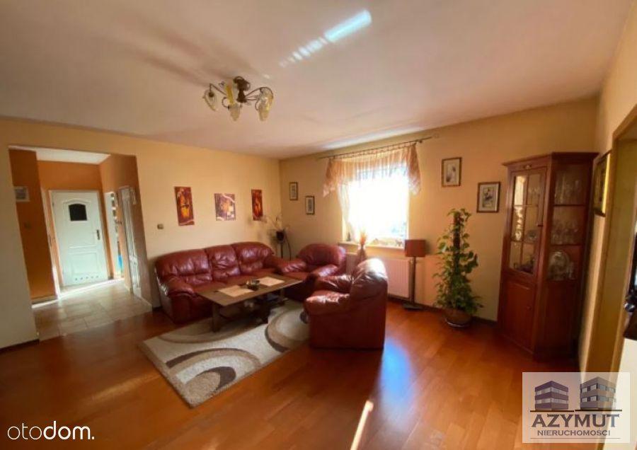 Mieszkanie 3- pokojowe z kominkiem