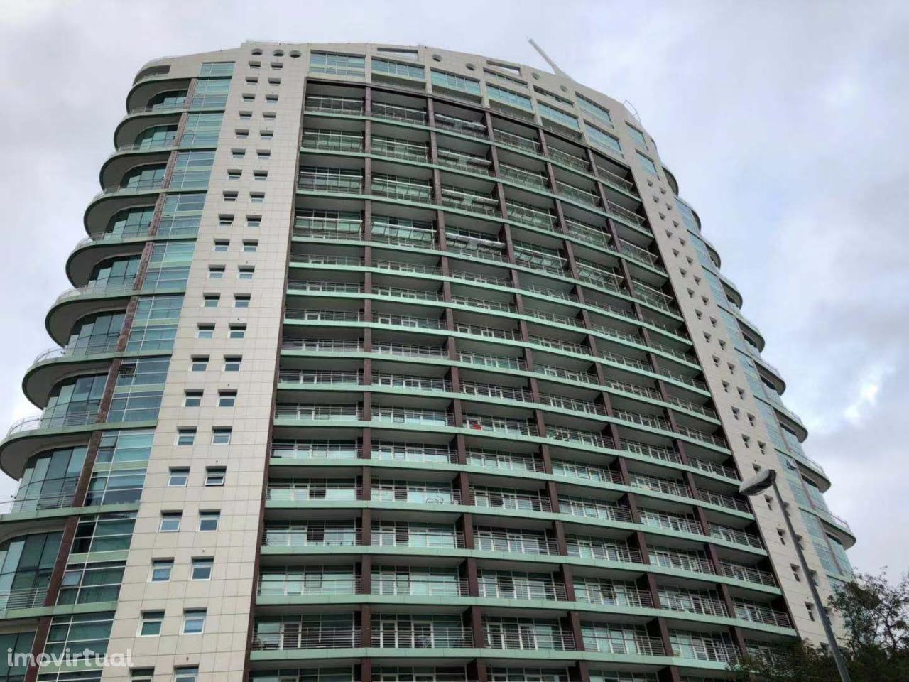 Apartamento T2 na Torre de São Gabriel