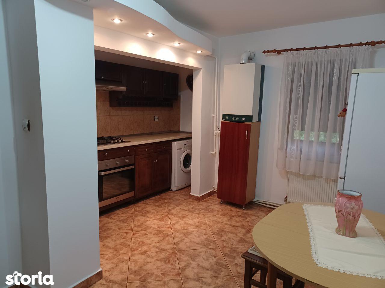 Apartament 2 camere decomanmdat , zona Tolstoi