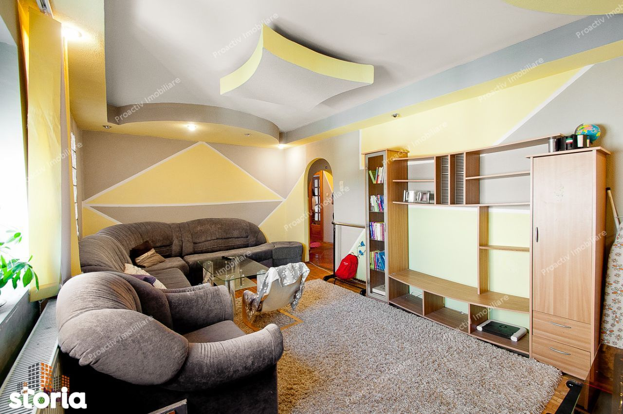 Apartament cu 3 camere, Cartier Micro 20, suprafata 90,39 mp !
