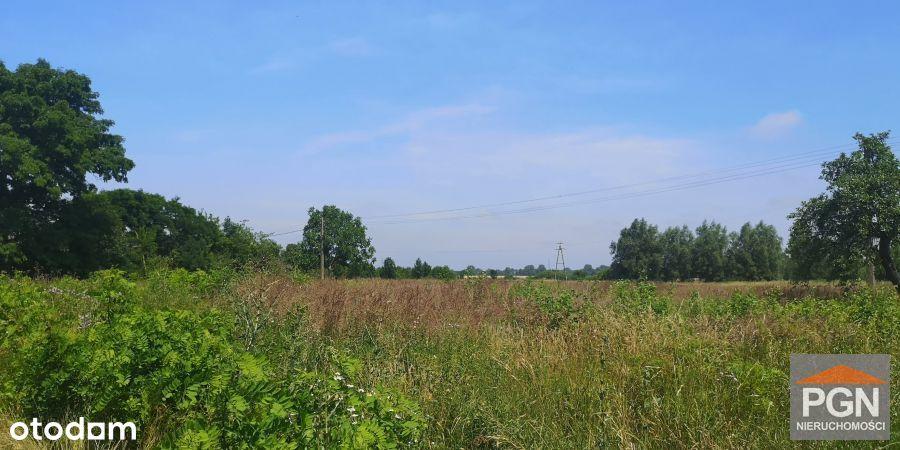 Działka rolna w centrum wsi