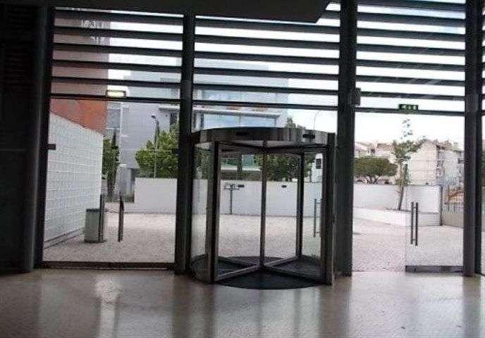 Prédio para comprar, Carnaxide e Queijas, Lisboa - Foto 4