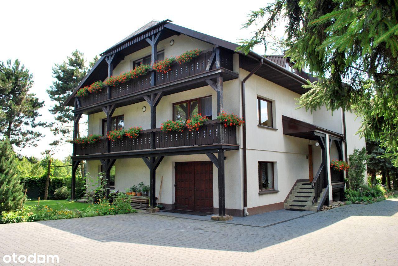 Dom jednorodzinny z możliwością podziału na mieszk