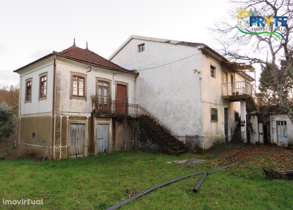Quinta T7 para recuperar situada em Castanheira de Pêra