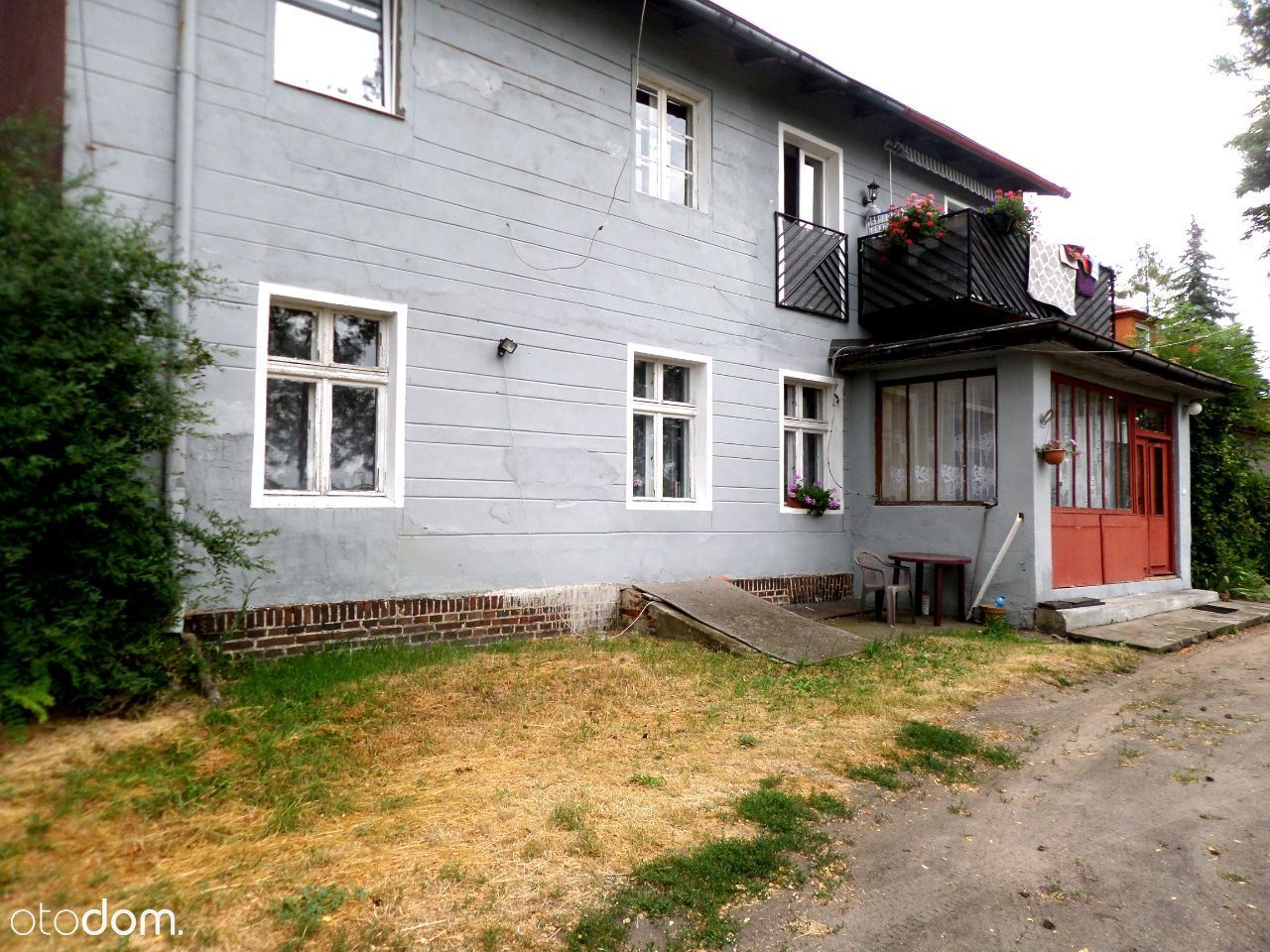 Mieszkanie w domu czterorodzinnym +1252 m2 działki