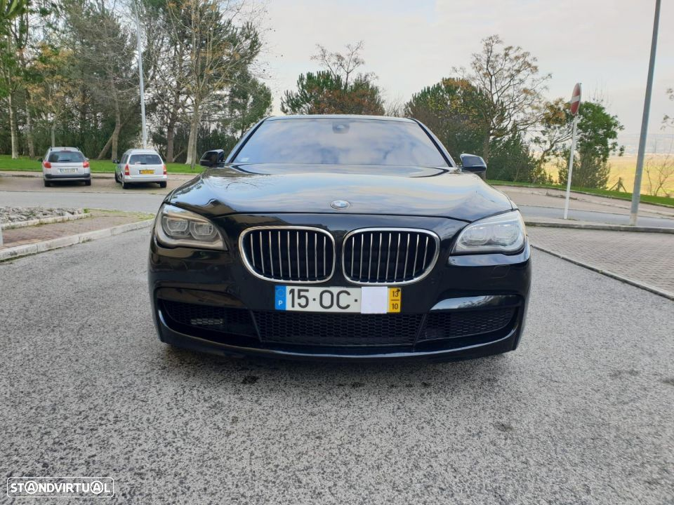 BMW 750 d xdrive PACK M - 2