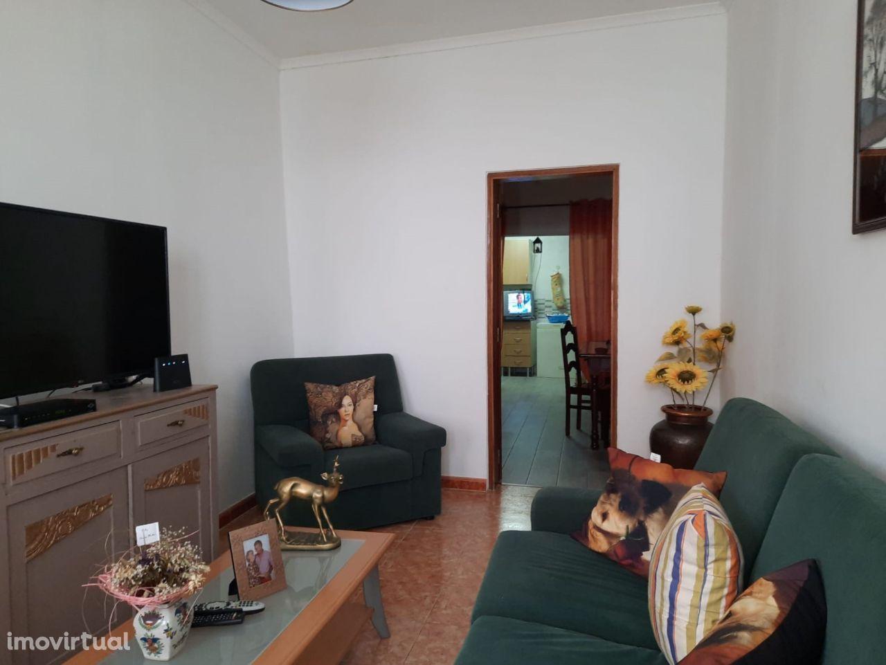 Moradia T2 | Centro da Cidade | Moura