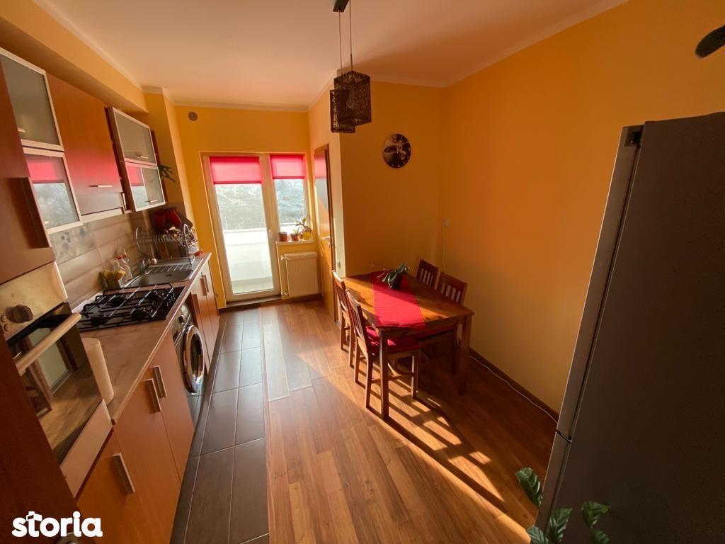 Vanzare apartament cu 3 camere in cartierul Zorilor