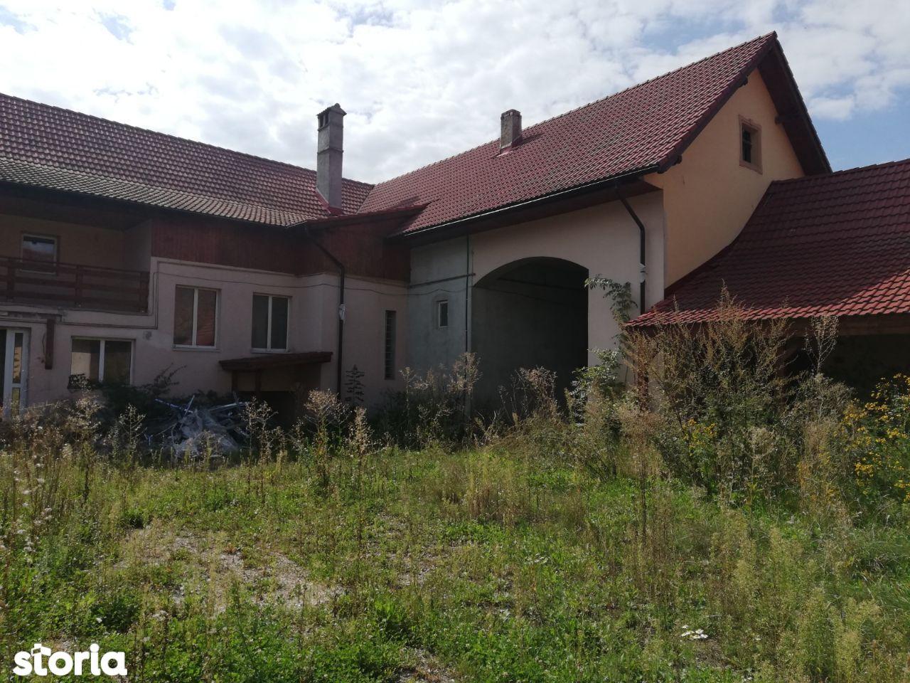 Casa Saseasca de vanzare , Cristian