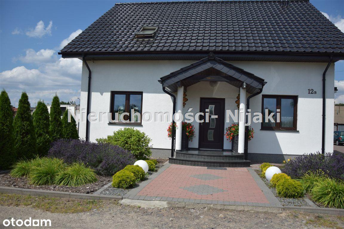 Nowoczesny dom w dobrej lokalizacji 760 000 zł
