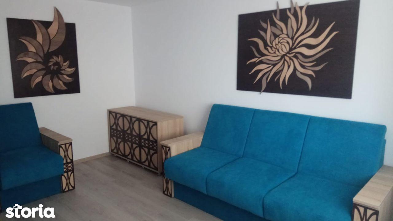 Apartament cu 3 camere in zona Catedralei -Marasesti