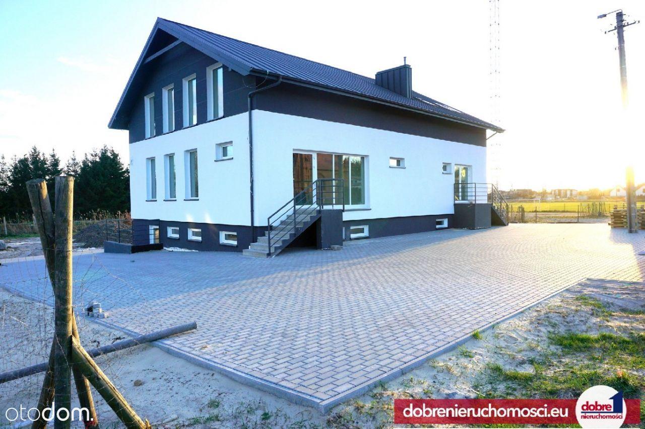 Lokal użytkowy, 695 m², Przyłęki
