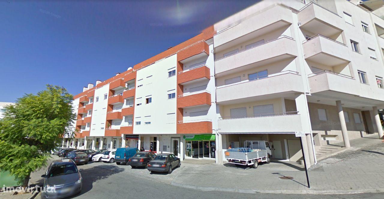 Apartamento T3 Duplex recuado em Felgueiras