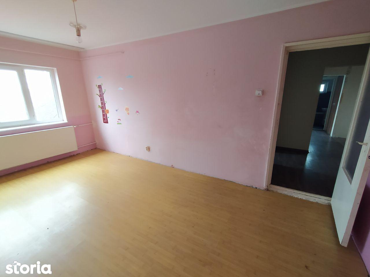 Apartament decomandat Micro 16