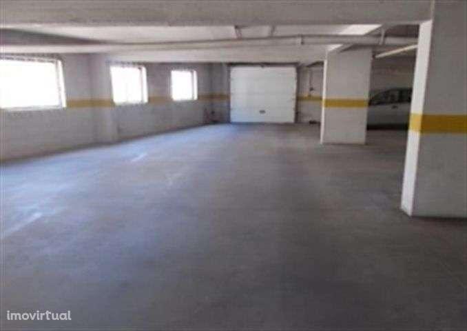 Garagem para comprar, Queluz e Belas, Lisboa - Foto 5