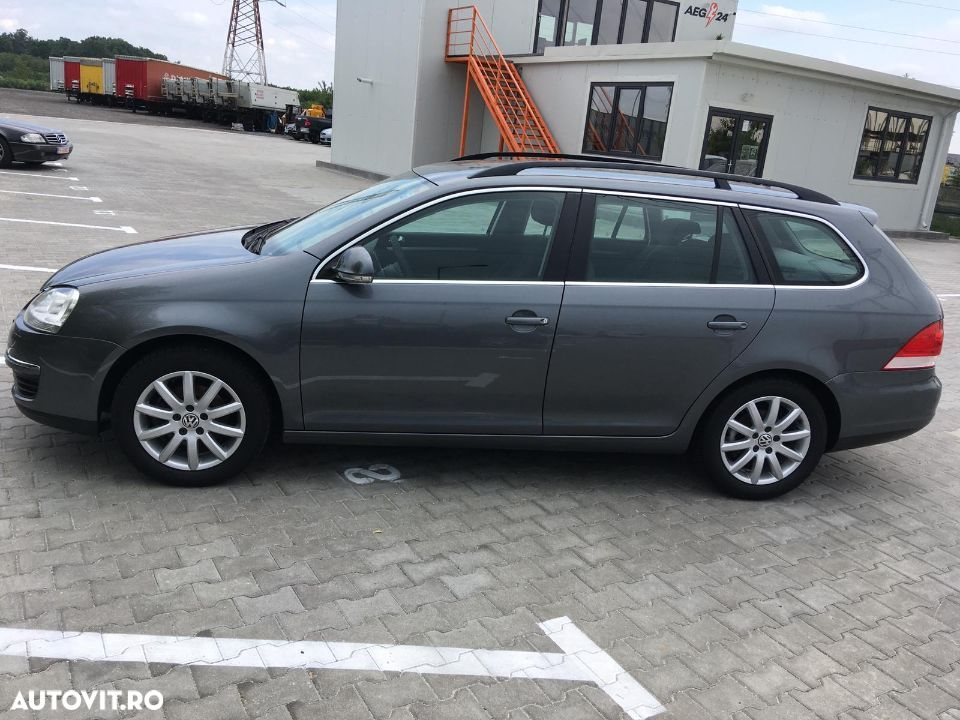 Volkswagen Golf - 3