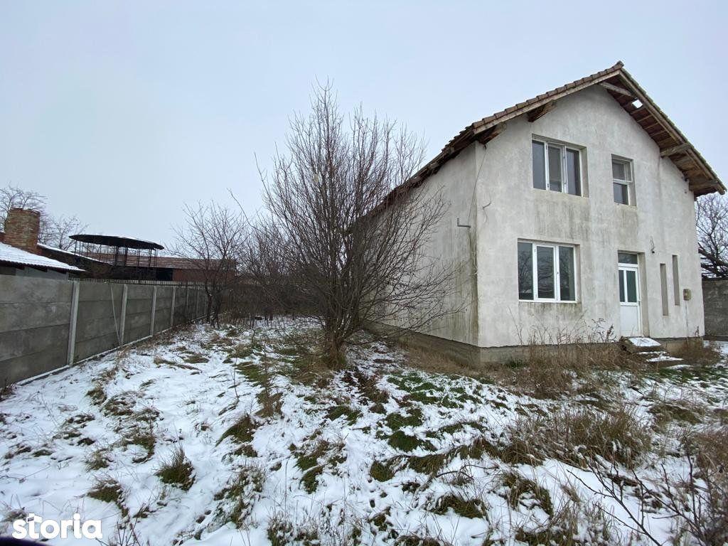 SANMIHAIU ROMAN - Casa Unifamiliara P+M, 200mp + Teren 401mp