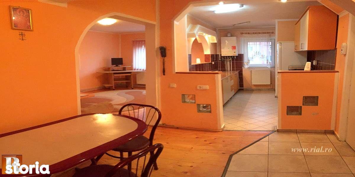 Apartament cu 3 camere si garaj   Vitro