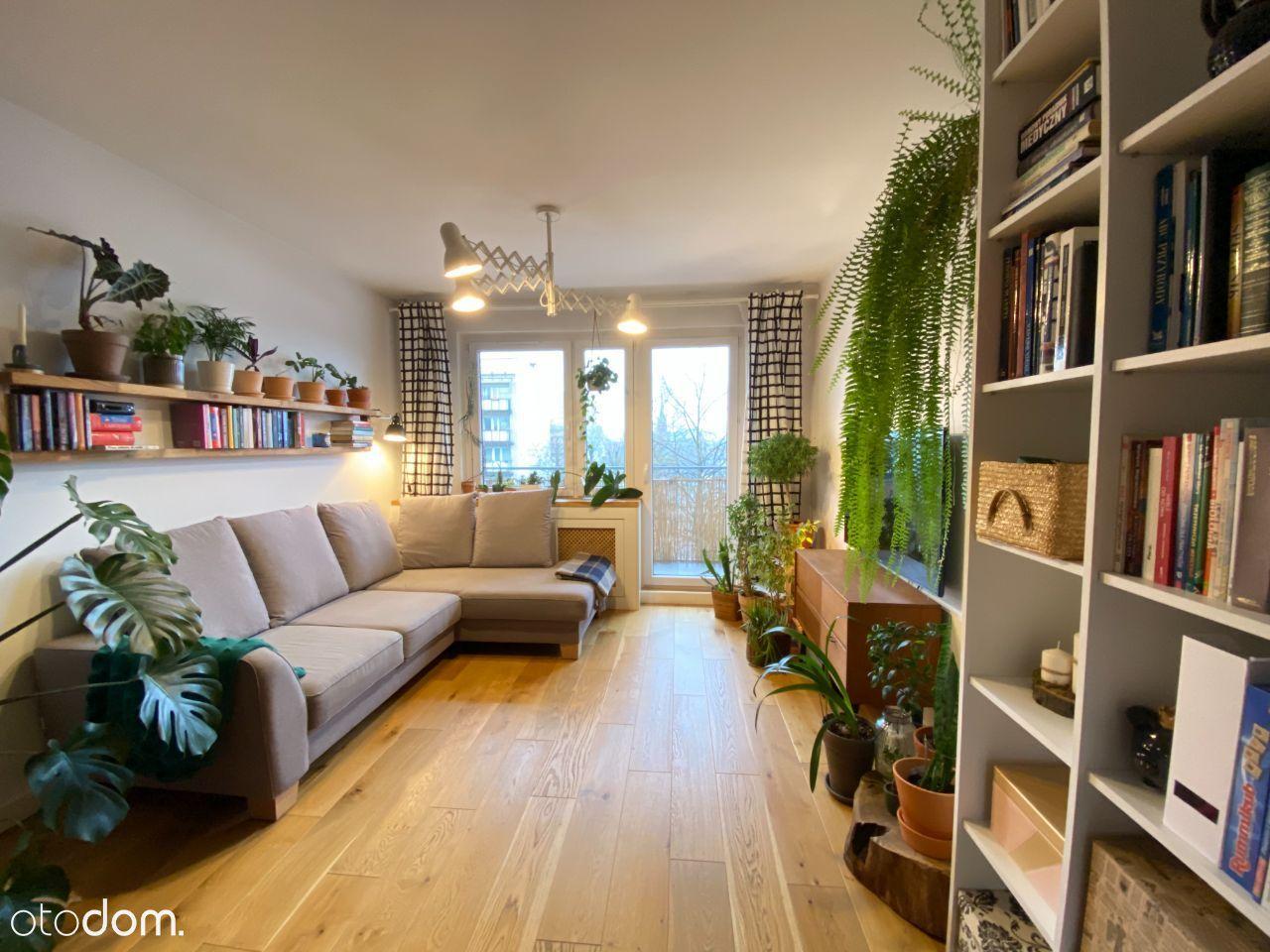 Klimatyczne mieszkanie blisko centrum, 2 balkony