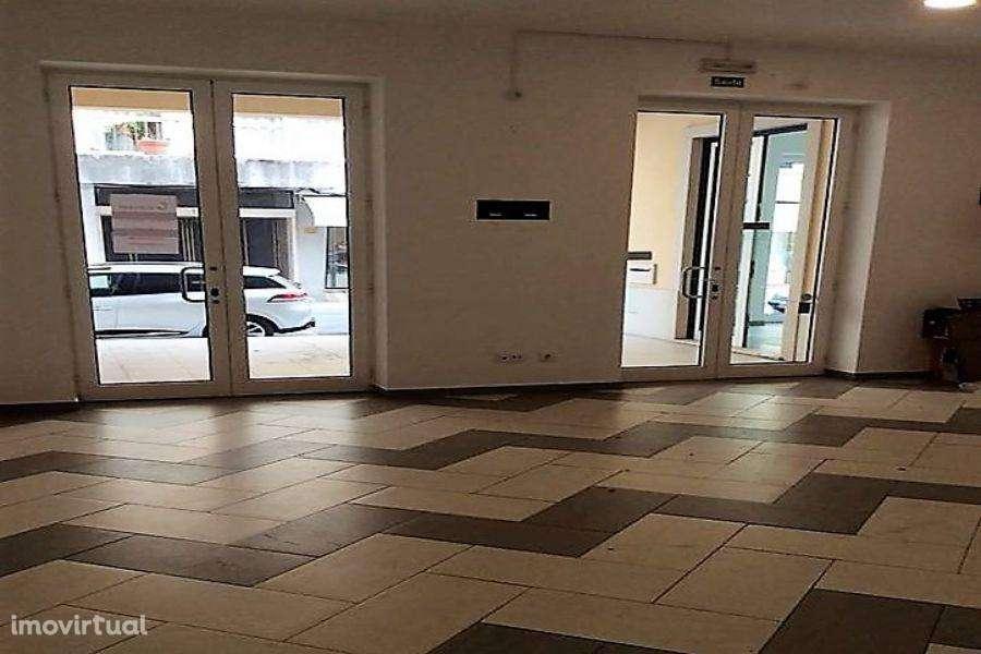 Loja para arrendar, Tomar (São João Baptista) e Santa Maria dos Olivais, Tomar, Santarém - Foto 3