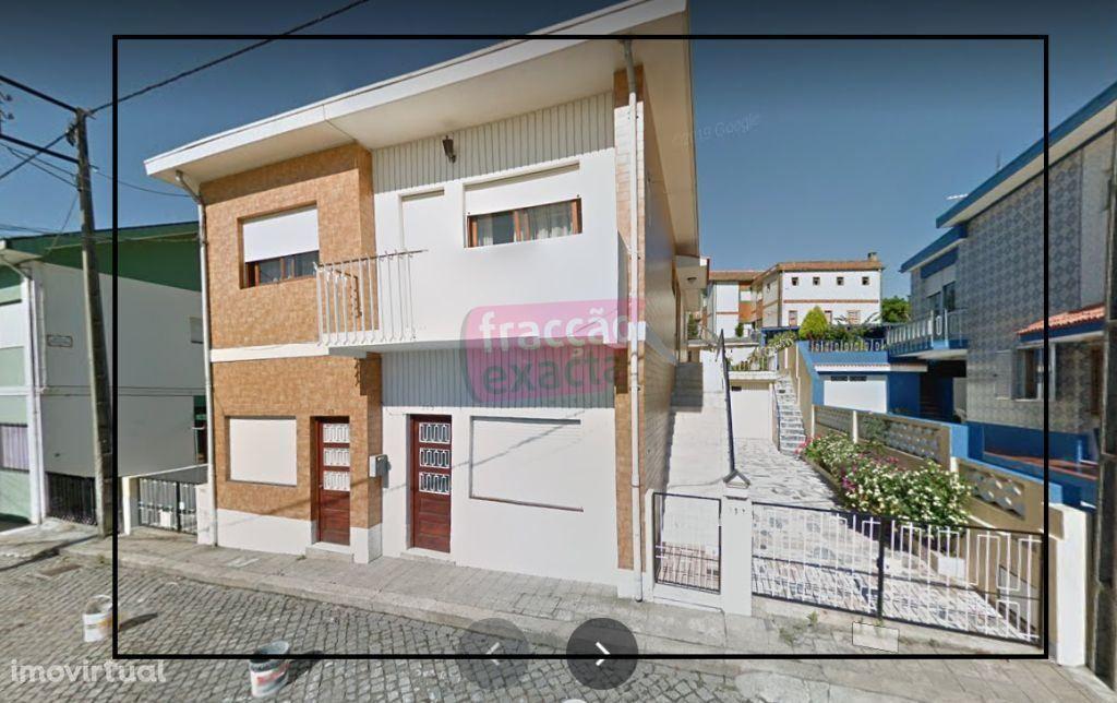 Moradia Bifamiliar-Rio Tinto