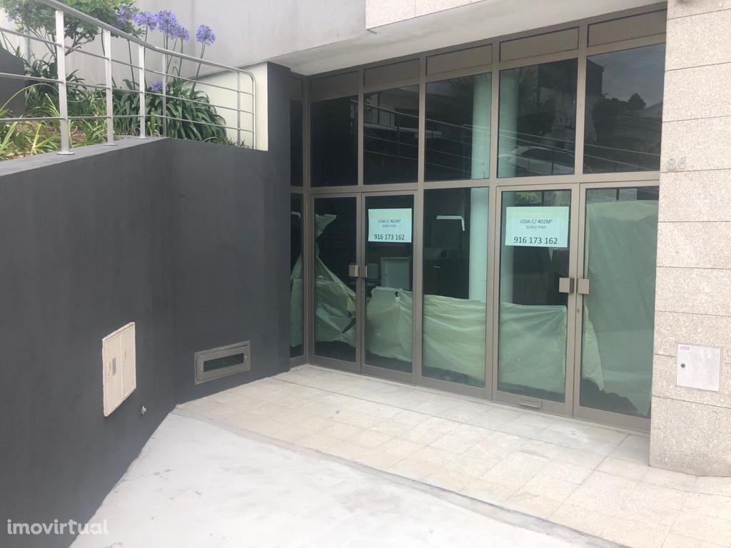 Loja Duplex para Arrendar - Sobreira - Paredes - Excelentes Acessos