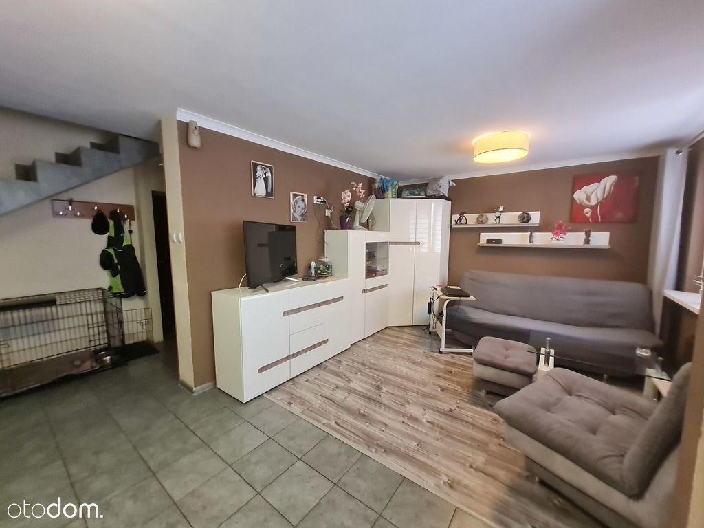 Dwupoziomowe mieszkanie na Gumieńcach