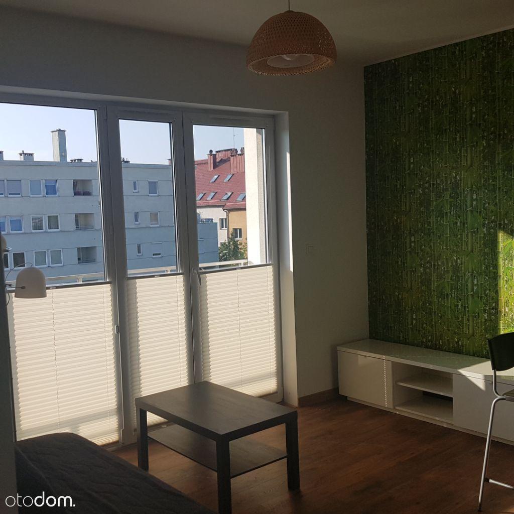 Przytulne mieszkanie-super układ balkon 9 m2