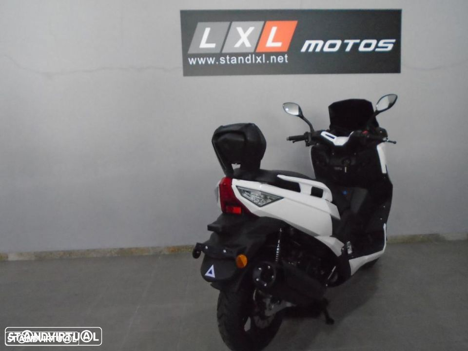 Znen GOES T-MAX - 11