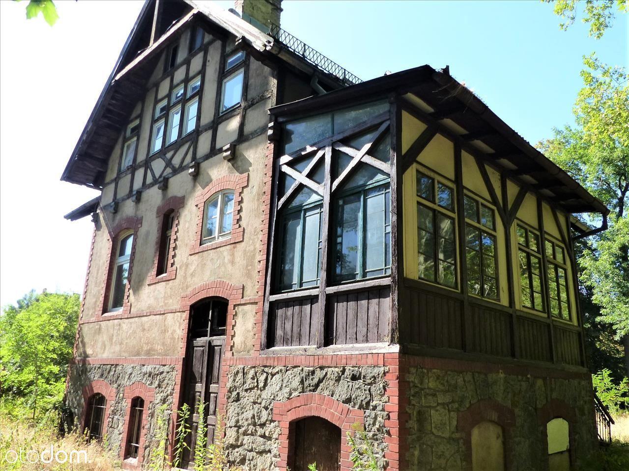 Piękna 100-letnia willa w Prestiżowej Lokalizacji