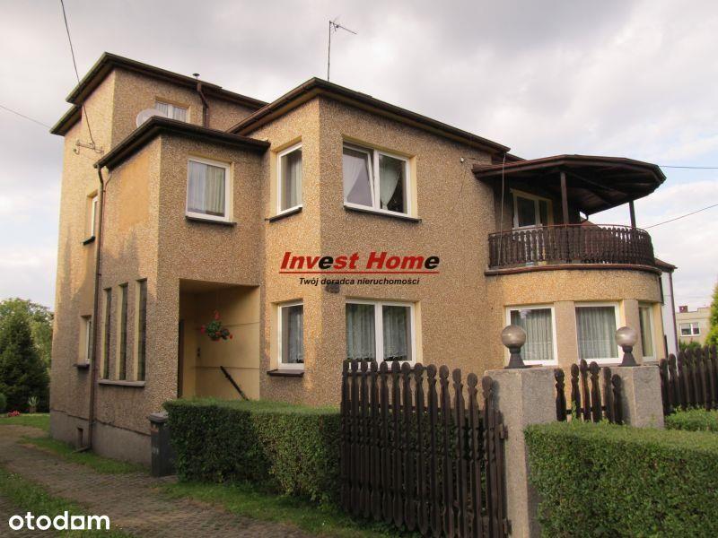 Przestronny dom na dwie rodziny w dobrej cenie.