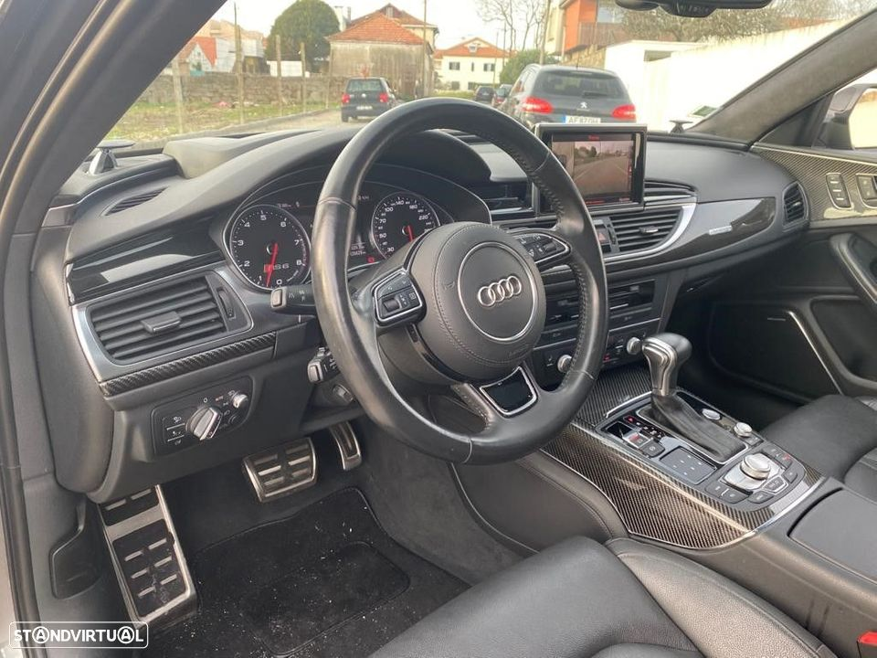 Audi RS6 4.0 TFSI QUATTRO PERFORMANCE - 14