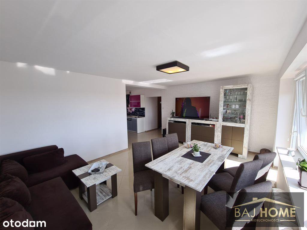 Ładne i przestronne mieszkanie w centrum