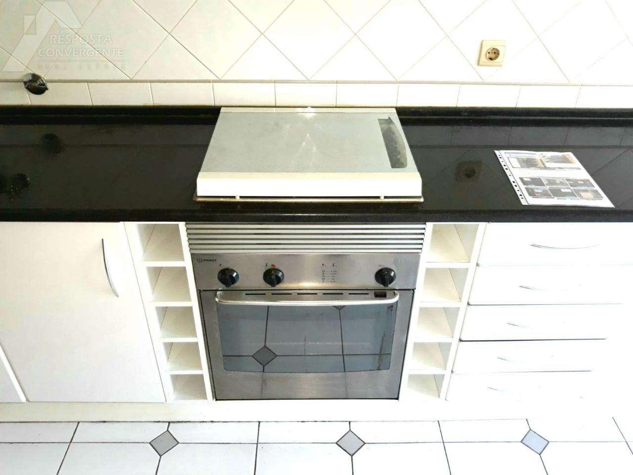 Apartamento para comprar, Carnaxide e Queijas, Lisboa - Foto 19