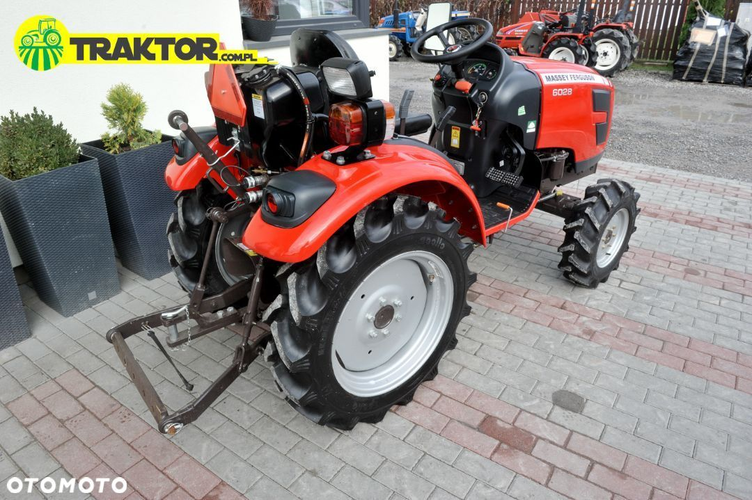 Massey Ferguson MF 6028 4x4 28KM  mini ciągnik transport - 14