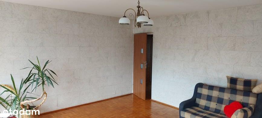 Atrakcyjne Przestronne 2-Pokojowe Mieszkanie