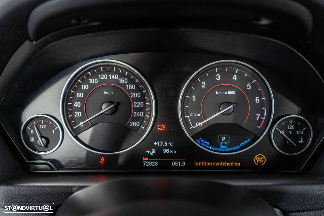 BMW 330 iPerformance Hybrid Plug-in Sport Navi - 29