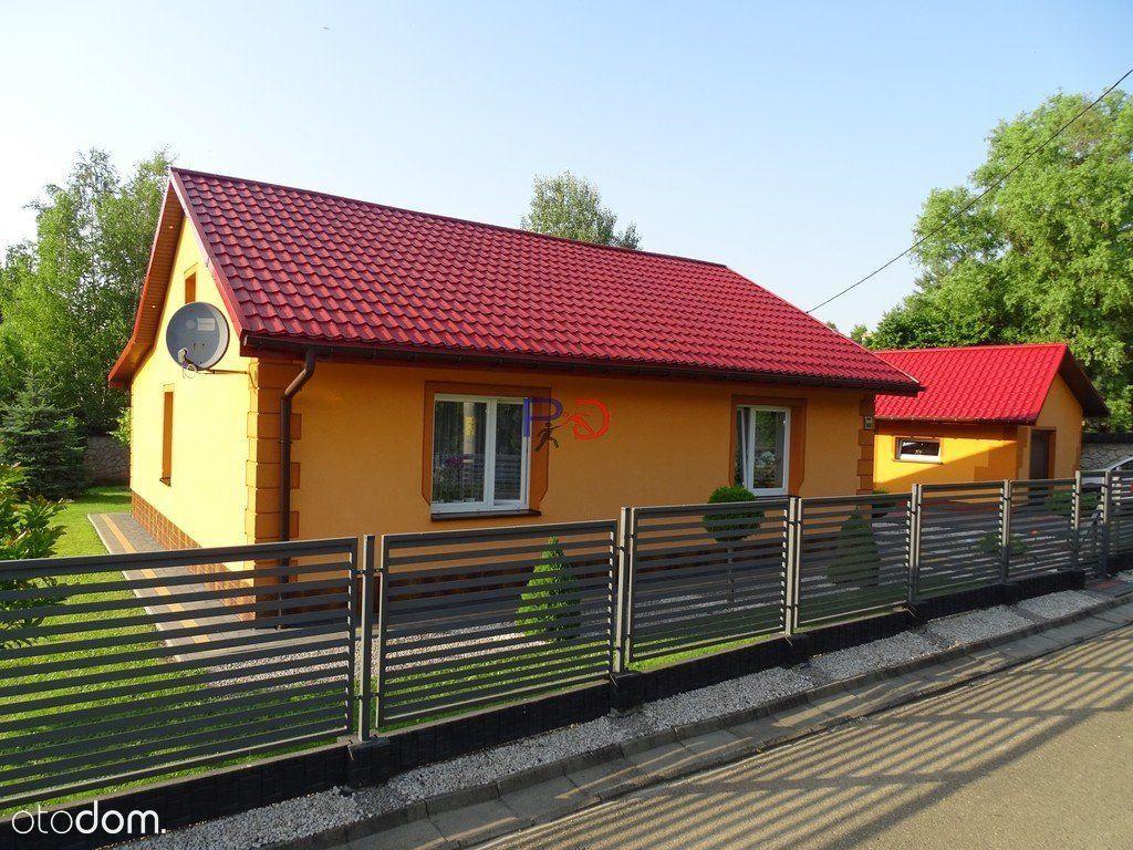 Dom po remoncie/ 2x garaż / altana .