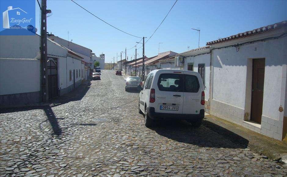 Moradia para comprar, Moura (Santo Agostinho e São João Baptista) e Santo Amador, Beja - Foto 3