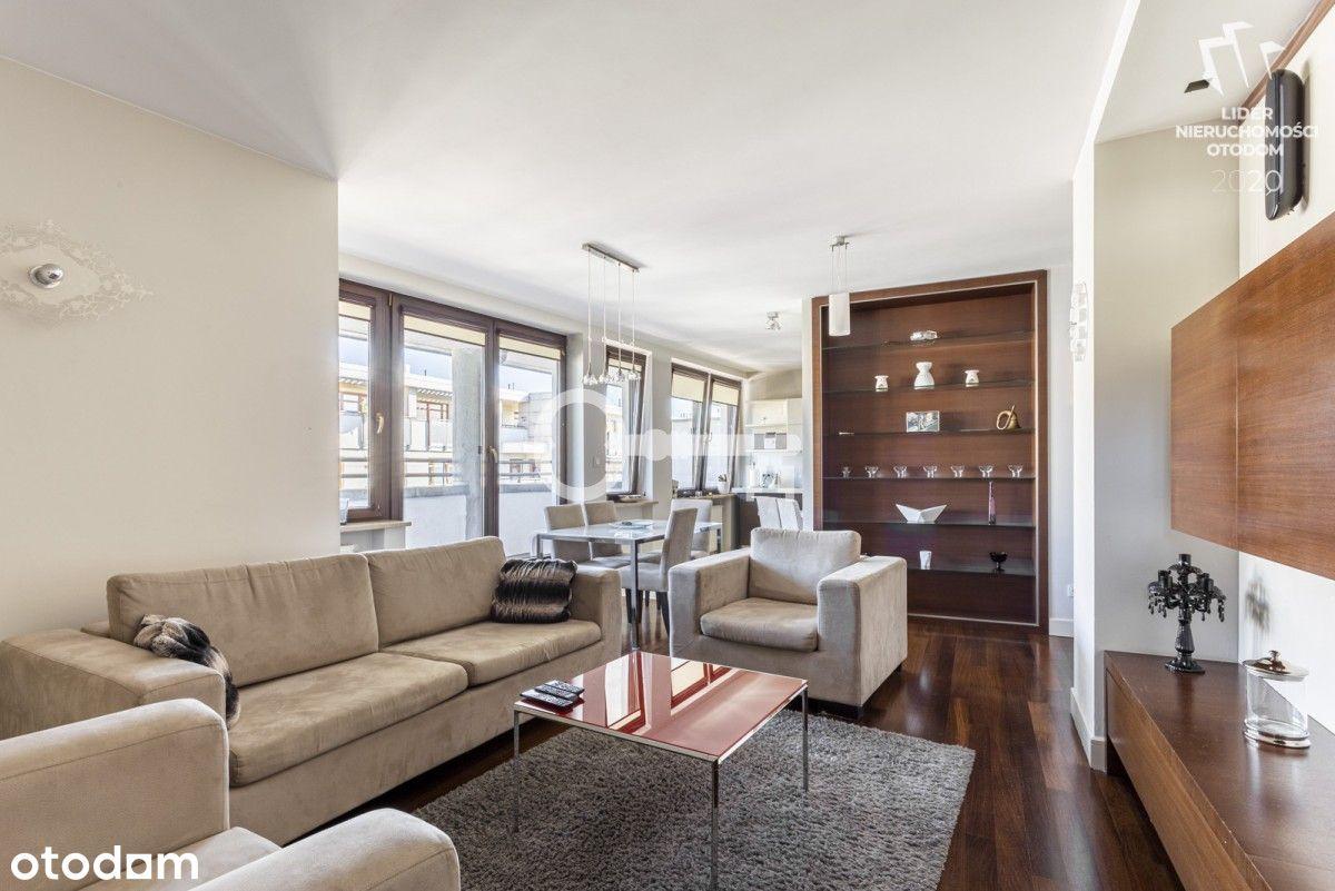 Eleganckie, Przestronne Mieszkanie
