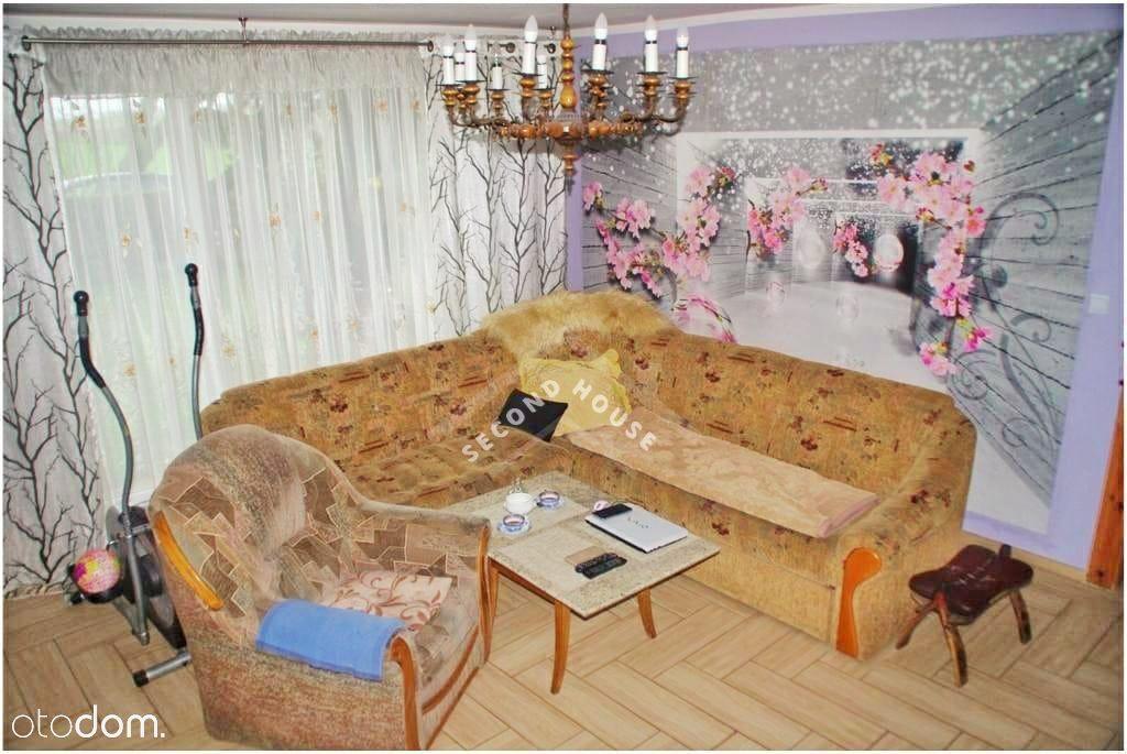Nieruchomość z potencjałem blisko Leszna, 295 m2.