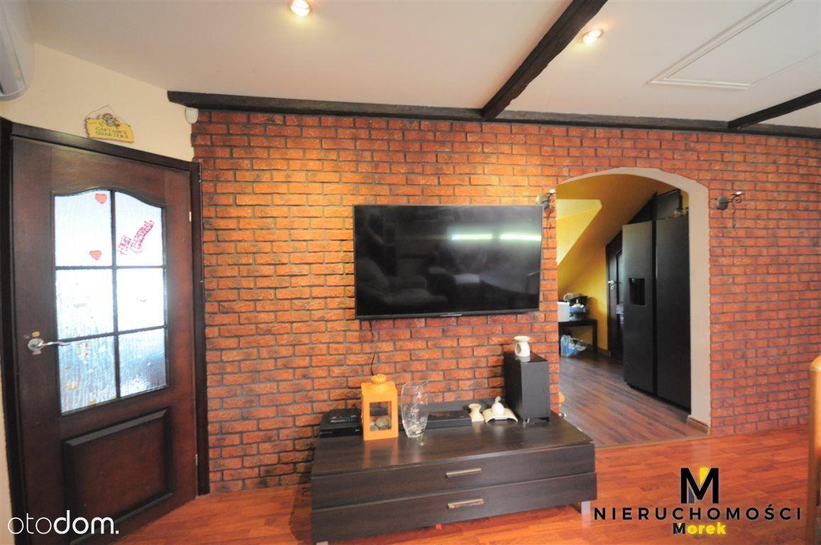 Wygodny dom w Budzistowie ( 2 garaże)
