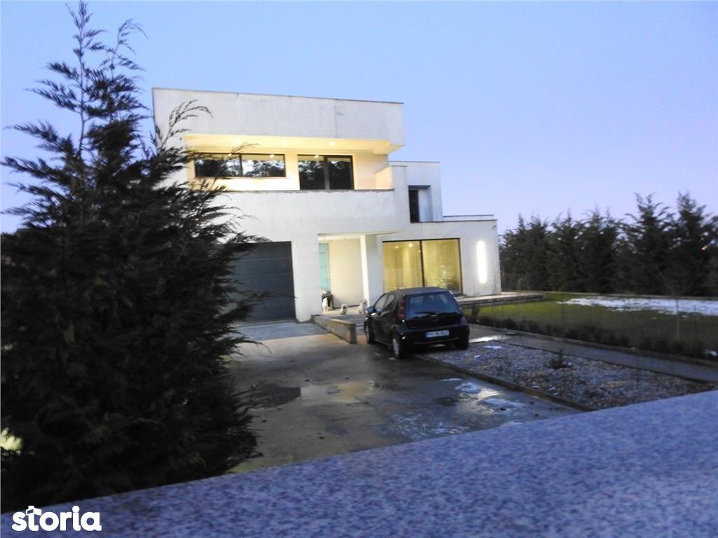 Trivale: vila moderna, suprafata 300 mp, 1000 mp teren