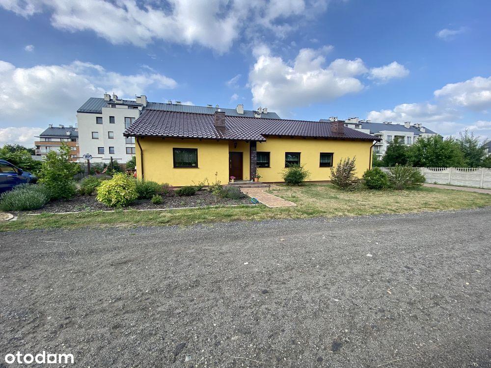 Ostrów Zębcowska - dom parterowy dwurodzinny