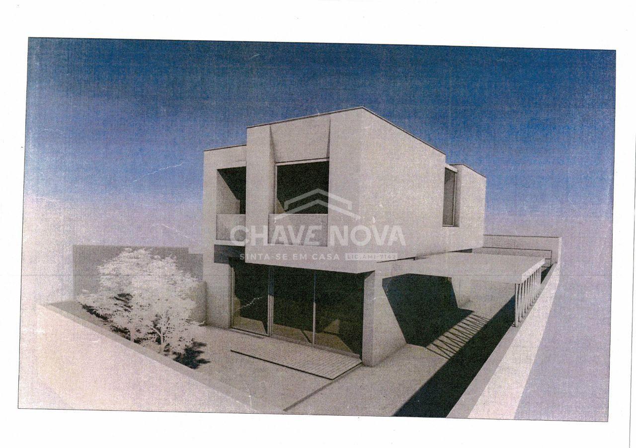 Moradia V3, em construção, em Arcozelo