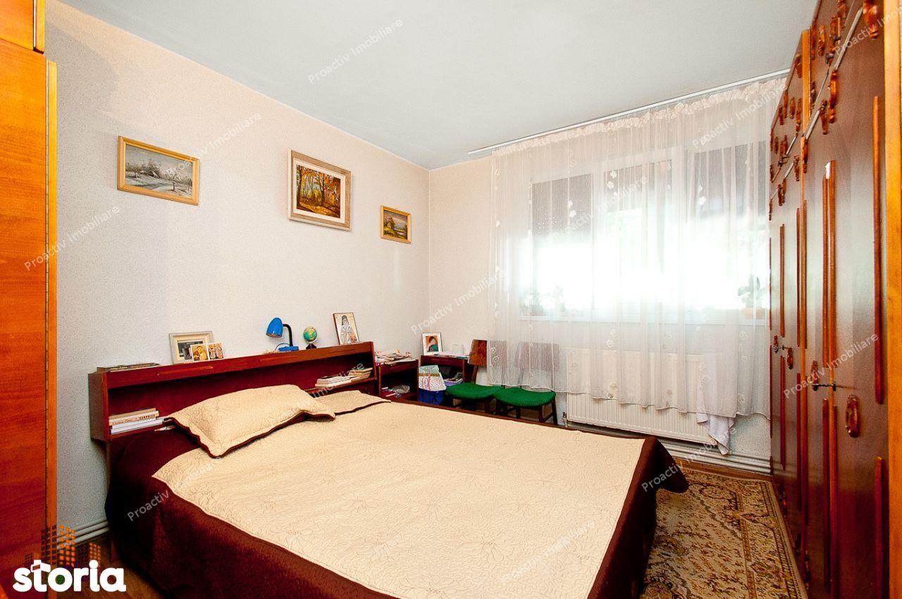 Apartament 2dec, Centru, balcon, 52000euro