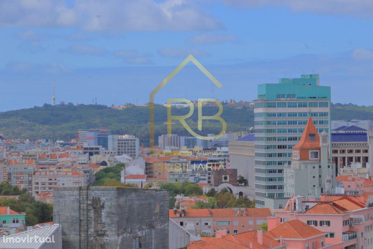 Areeiro 295m2 c/terraço vista panorâmica 270° sobre Lisboa