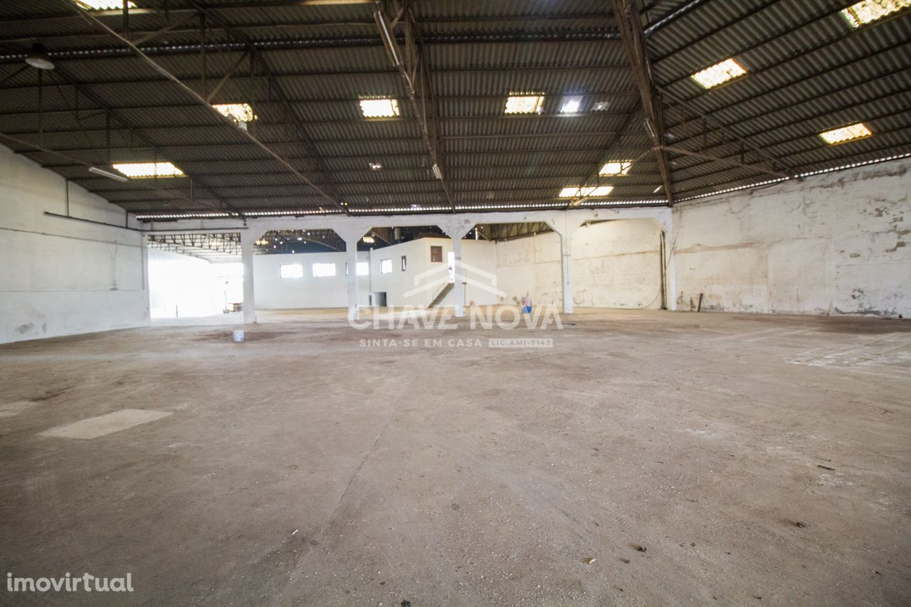 Arrendamento armazém/fábrica em Santa Maria de Lamas - SMF/01645