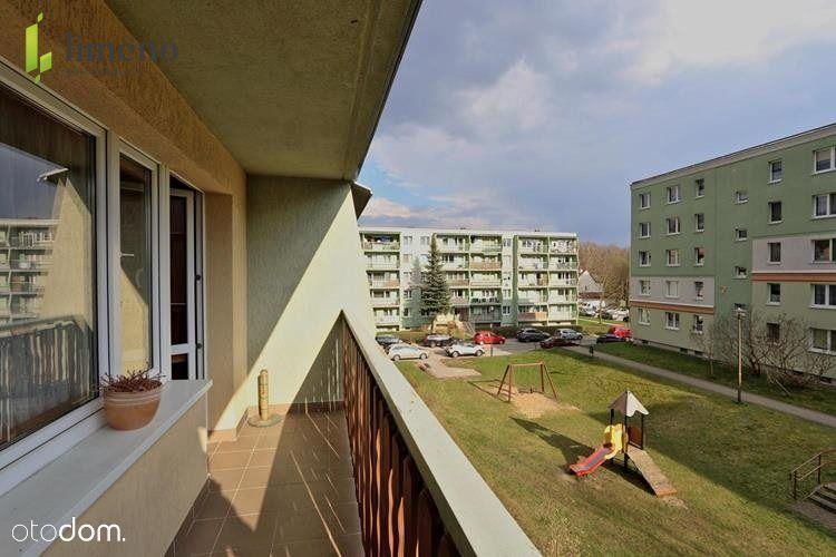 4 pokoje, 2 piętro, duży balko, osiedle Pieczewo