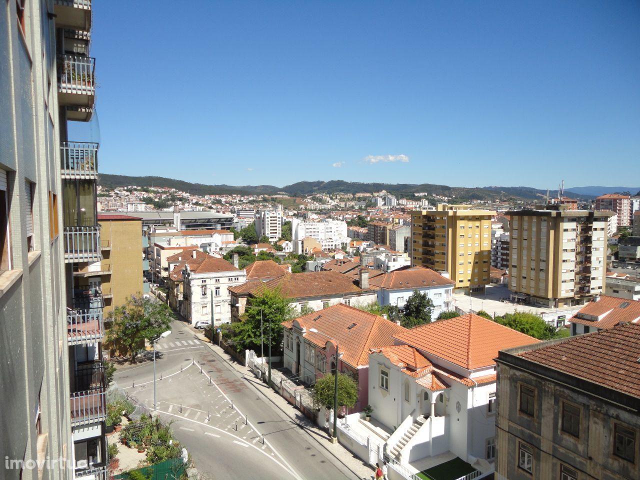 Fabuloso T4 – Rua dos Combatentes em Coimbra – 269m2